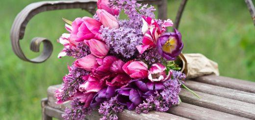 violet boeket